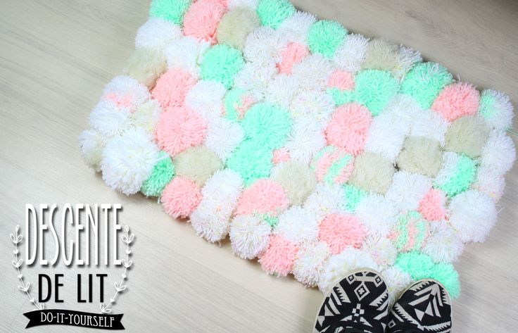 DIY   Do it yourself   By Isnata: DIY - TUTO : Tapis en pompons cocooning