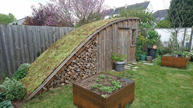 Cabane de jardin au cœur de los angeles ville, esprit champêtre assuré!  toit végéta…