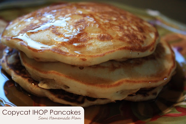 Mostly Homemade Mom - Copycat IHOP Pancakes www.mostlyhomemademom.com