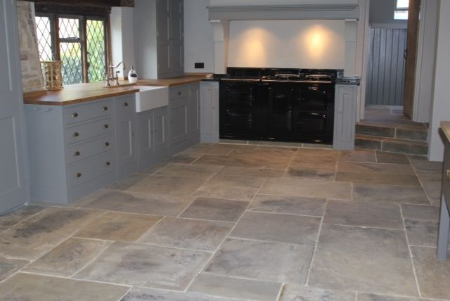 Cathedral (Interior) Yorkstone Flags « Reclaimed York Stone | York Stone Flags