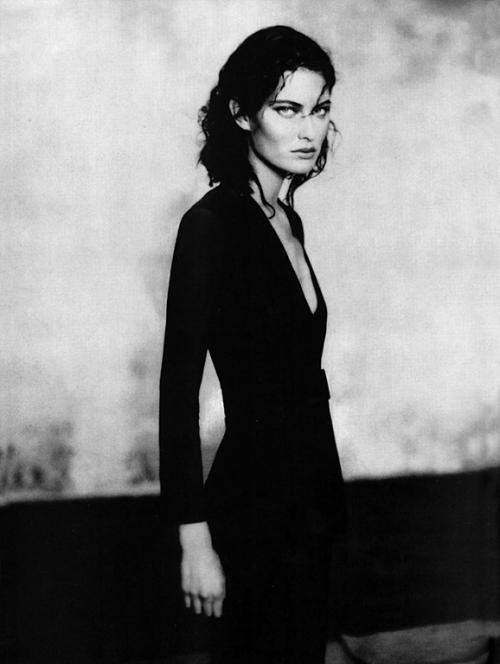 Shalom Harlow by Paolo Roversi