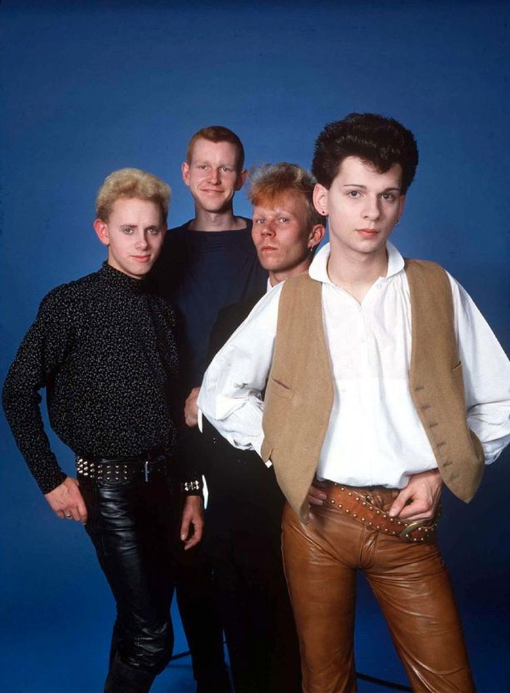 Depeche Mode - oh my god I'm dying laughing at how young they are here!