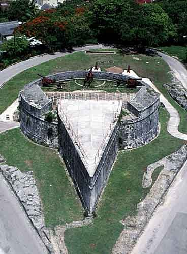 Fort Fincastle, Queens Staircase & Straw Market- Nassau, Bahamas
