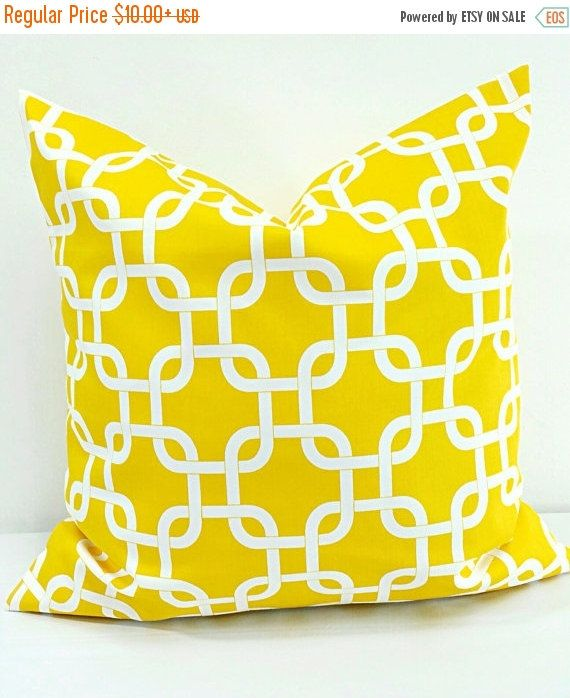 SALE PILLOW. Yellow Pillow cover. Chain by TwistedBobbinDesigns