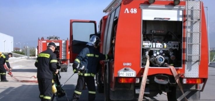 Τώρα: Φωτιά σε εξωτερικό χώρο εργοστασίου στη Βιομηχανική Περιοχή Πατρών