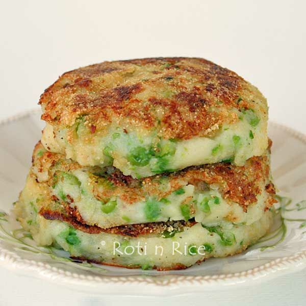 Green Peas Mashed Potato Pancakes | Roti n Rice
