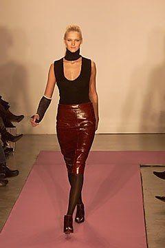 DKNY Fall 2000 Ready-to-Wear Fashion Show - Carmen Kass, Donna Karan