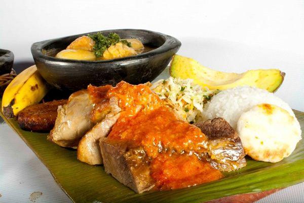 Sancocho de las tres Carnes Restaurante La Barra #Cali