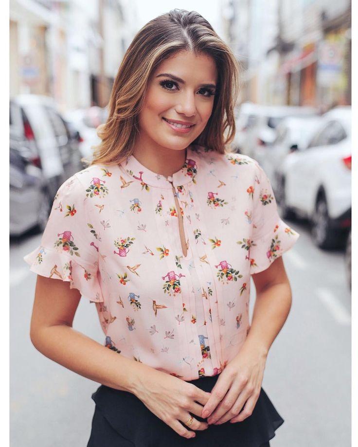 {Verao17} Opção de blusa na mesma estampa exclusiva DonnaRitz ❣️❣️❣️ @arianecanovas @mdee #blusa #print #regadorfloral #viscose #estampaexclusiva