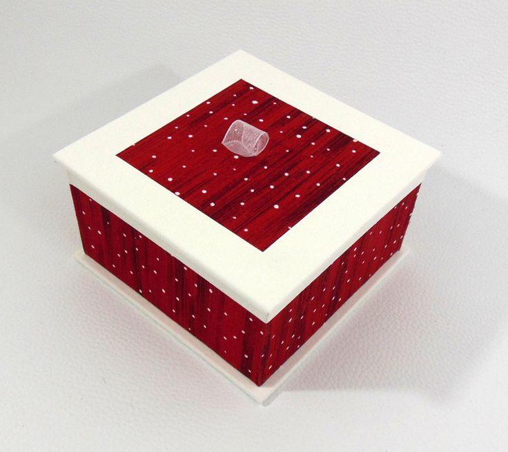 BOITE A BIJOUX ROUGE ET BLANCHE - COFFRET A BIJOUX ROUGE ET BLANC ESPRIT DE NOEL : Presentoir, boîtes par flo-deco