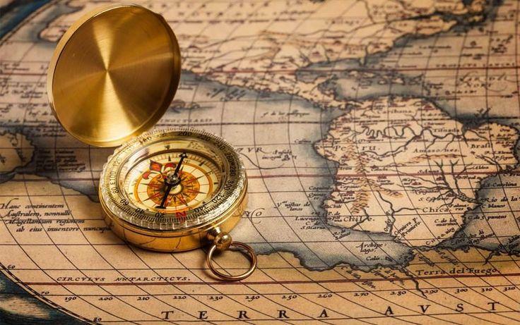 Você sabia que nem sempre os mapas apresentavam o norte na parte superior e que todos os pontos cardeais já ocuparam o lado de cima das representações de rotas e direções? A convenção de colocar o norte no topo dos mapas ocorreu por volta do século XV, com o renascimento europeu, o início das grandes…