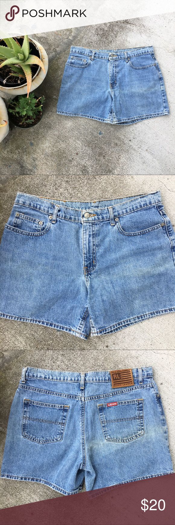 "Ralph Lauren Polo Sz 12 Vintage Polo Jeans Co. Mom Shorts by Ralph Lauren  Size 12 100% Cotton  Waist 34"" with 12"" Rise  Flaw Light Discoloration shown in photos  #vintage #momshorts #momjeans #denim #shorts #ralphlauren #polo Polo by Ralph Lauren Shorts Jean Shorts"