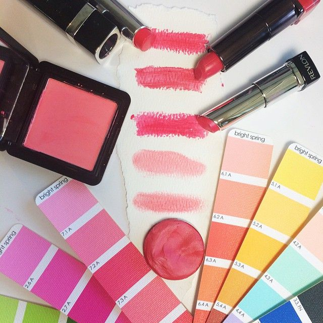 Bright Spring. Pink and coral-pink makeup