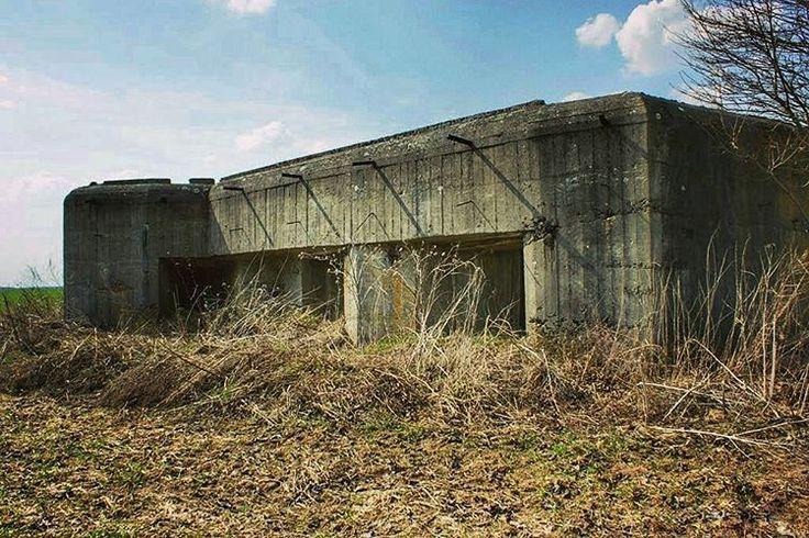 #bunkiernasobotę #neirawypełzaznory #bunkry #fortyfikacje #LiniaMołotowa #bunkier #fortyfikacje #historia #bunker #pillbox #bunkers #fortification #warhistory #MolotovLine #fortifications #history #warhistory #war