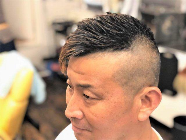メンズソフトモヒカン ボウズの後ろだけの髪型集ヘアカタログ46選 切り方 頼み方は サロンセブン ソフトモヒカン メンズ ソフトモヒカン モヒカン