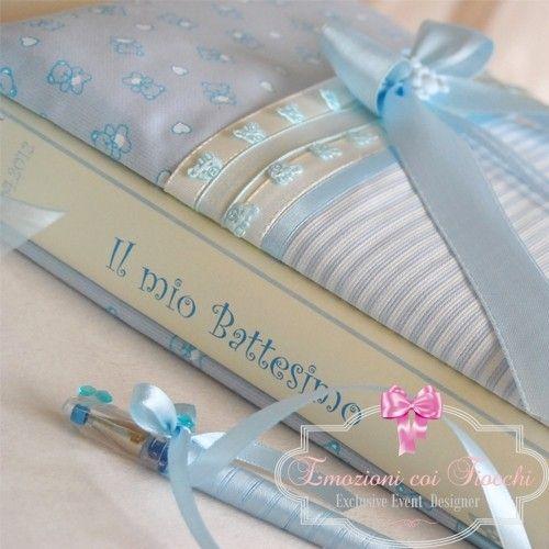 Raffinato libro dediche con duplice funzione di foto album, per far sì che ogni momento speciale possa essere ricordato anche dai più piccoli #battesimo #nascita #shoppingonline http://www.emozionicoifiocchi.com/collezioni/275-guest-book-pb007.html