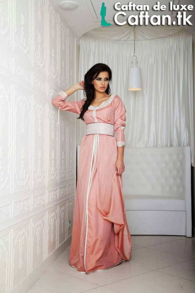 1000 images about caftan on pinterest moroccan caftan for Caftan avec satin de chaise