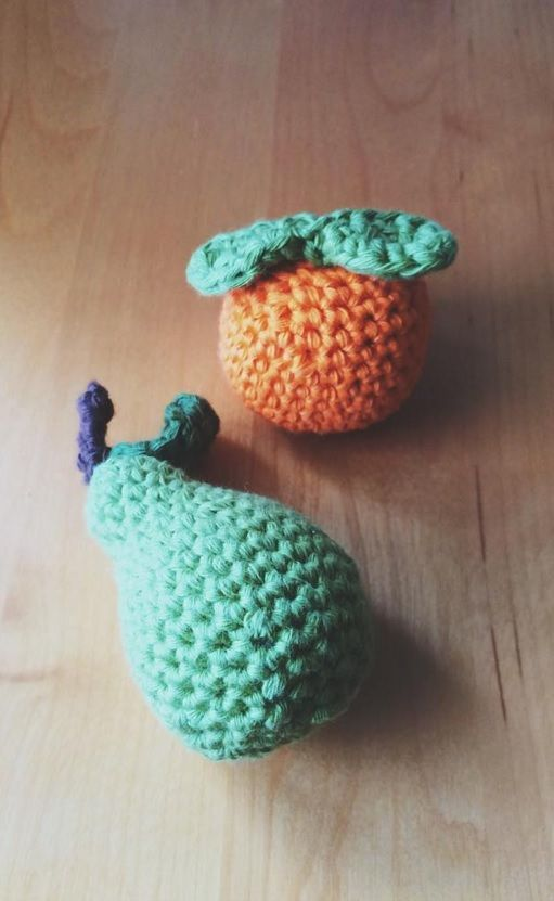 Crochet fruits.<3