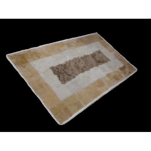 We manufacture fur rugs with the best materials.    we design our creations with experienced furriers.     We create with modern design and an emphasis on quality.
