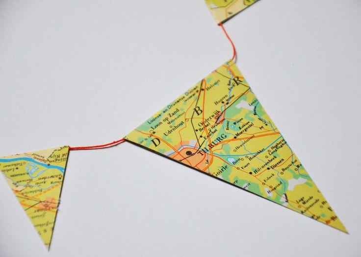 Een persoonlijke favoriet uit mijn Etsy shop https://www.etsy.com/nl/listing/267201851/landkaart-slinger-vintage-look-garland
