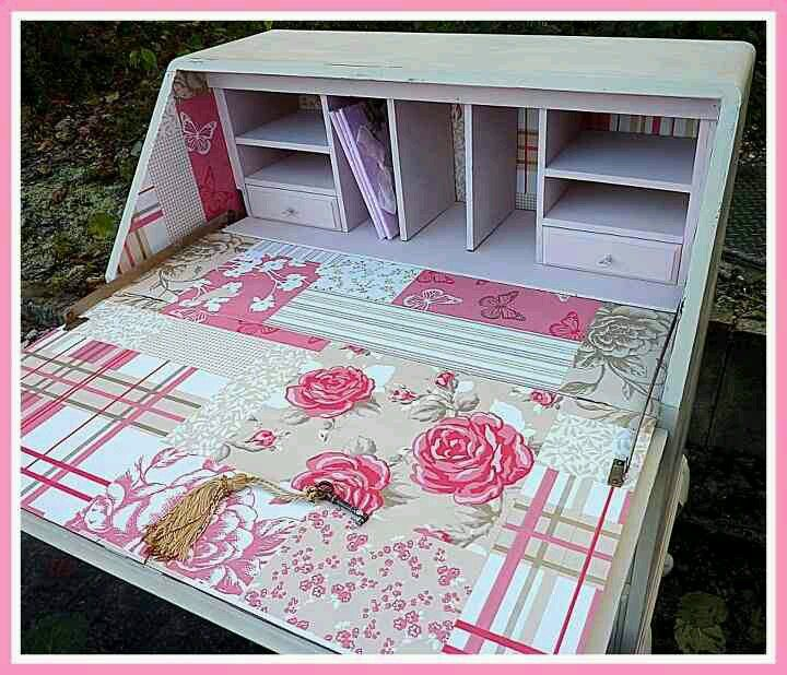 Really pretty piece i did, giving a lovely shabby chic look to this vintage bureau