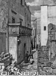 Balcone cinquecentesco di casa Corrazzini a Otranto | Alinari Shop