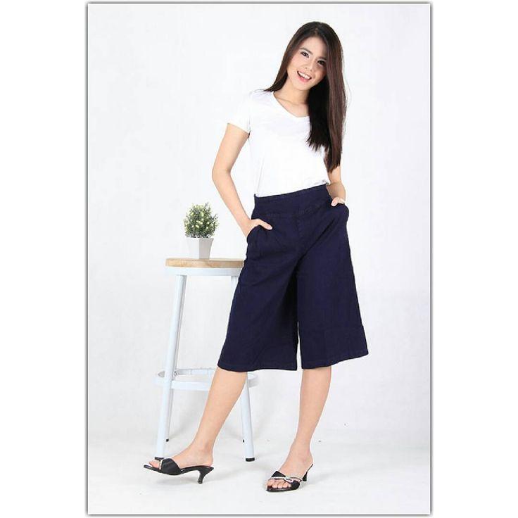 "0 curtidas, 1 comentários - RIPPED, SKINNY, BOYFRIEND (@mooie_jeans) no Instagram: ""1277  Rp95,000  Celana santai kulot  Bahan : jeans non stretch full cotton Model : kulot pendek…"""