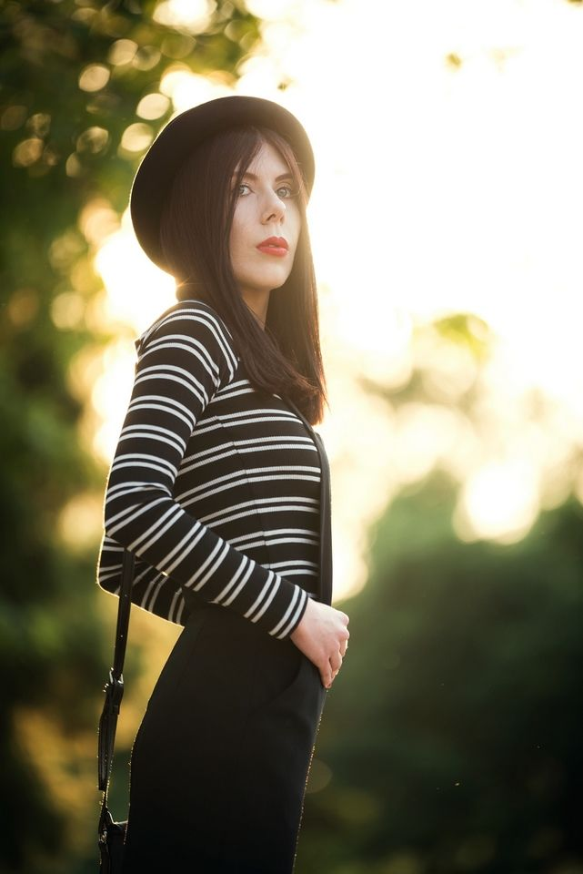 lillymarlenne.blogspot.com  Golden hour <3  #goldenhour #hat #stripes #womensfashion