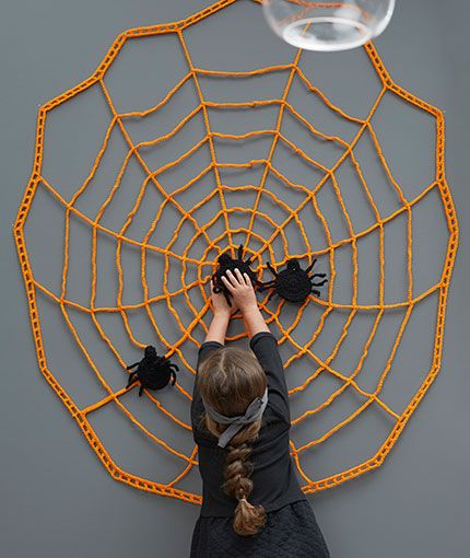 Pin the Spider on the Web Free Crochet Pattern LW5783