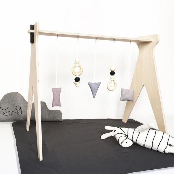 Gimnasio ecol gico de madera para beb s chinpum mad - Mobiliario de gimnasio ...