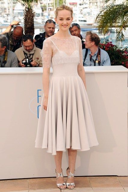 Jess Weixler wore an Honor dress from the brand's autumn/winter 2014 collection