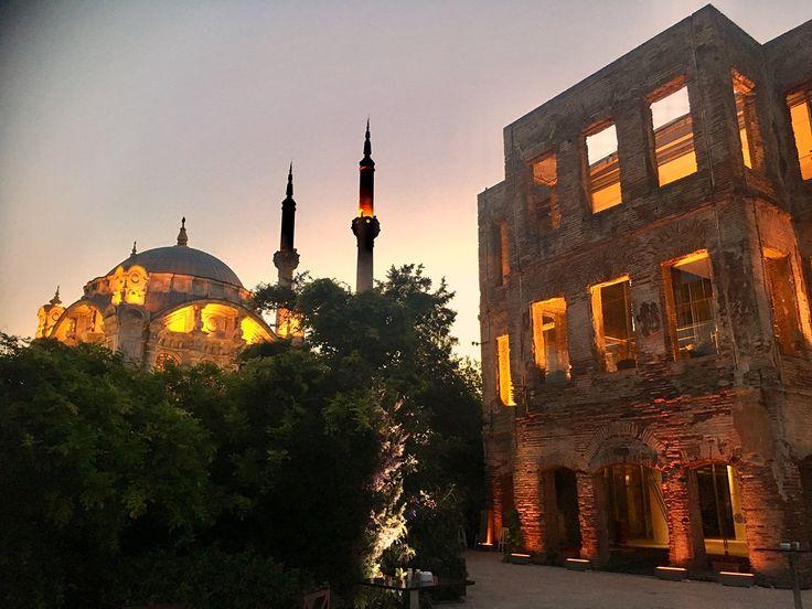 Ortaköy Mosque & Esma Sultan Mansion Istabul