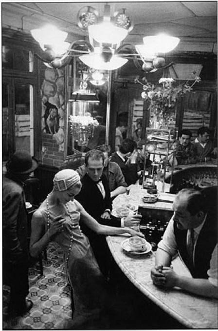 """Le Chien Qui Fume,"" restaurant, Paris, 1957. Photo by Frank Horvat."