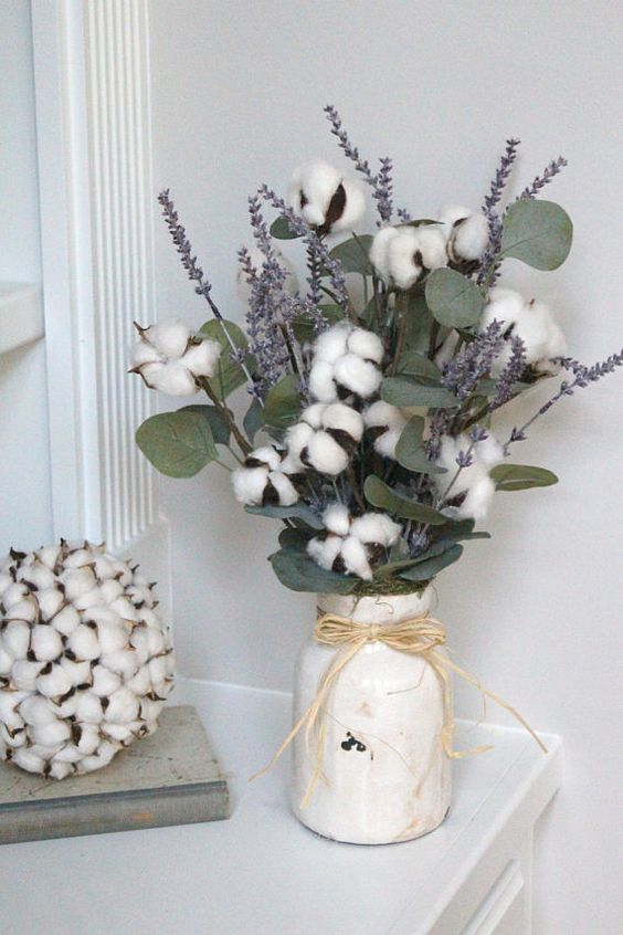 15 A Cozy Arrangement With Cotton Eucalyptus And Lavender Is Ideal For A Rustic Wedding