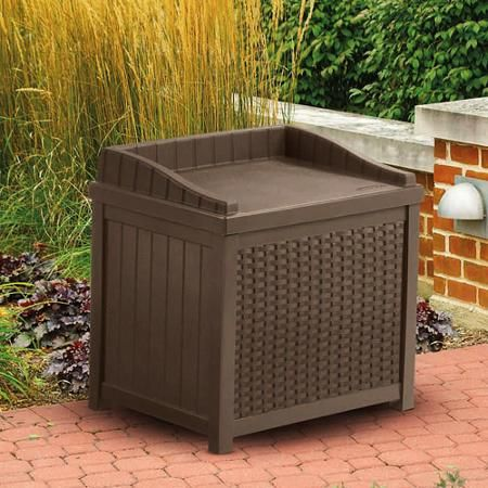 Suncast Resin Wicker 22-Gallon Storage Seat