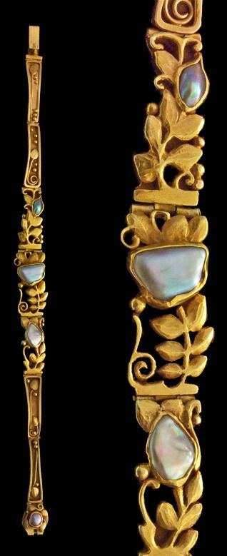 EDOUARD COLONNA 1862-1948 Attrib. Superb Art Nouveau Bracelet Gold Pearl H: 1.2 cm (0.47 in) W: 16.5 cm (6.5 in) French, c.1900