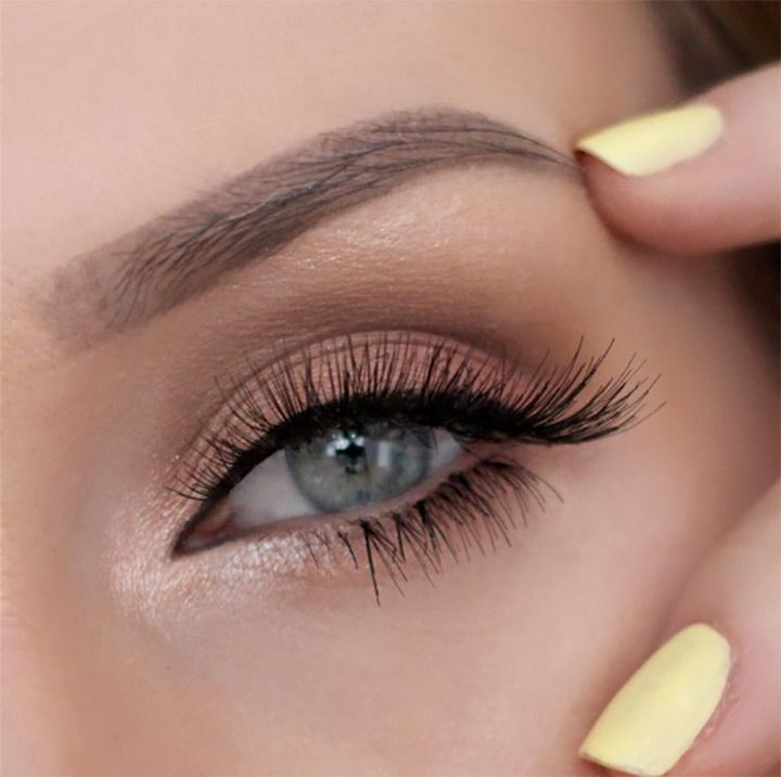 love this natural eye makeup with inner shimmer- perfect wedding makeup! ~  we ❤ this! moncheribridals.com