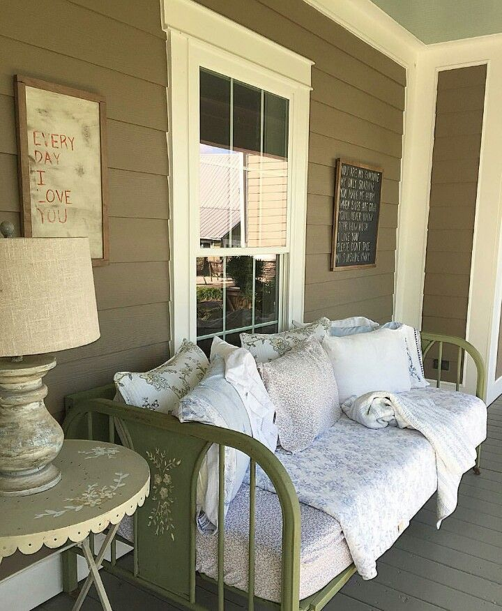 Best 25 White Farmhouse Exterior Ideas On Pinterest: 25+ Best Old Farmhouses Ideas On Pinterest