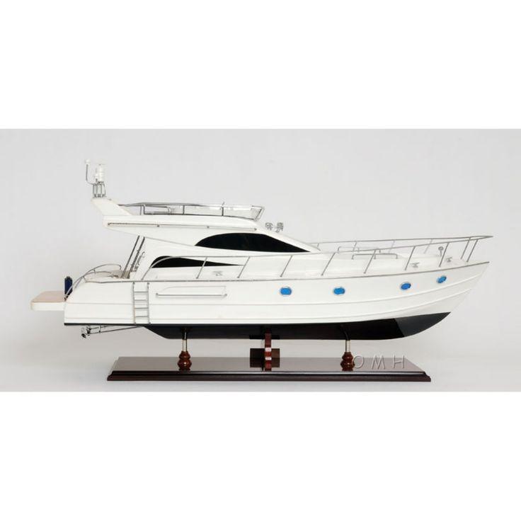 Old Modern Handicraft Viking Sport Cruiser Boat - B082
