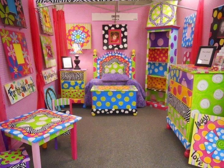 funky furniture ideas. great site for handpainted furniture inpirationlots of awesome pieces here my girls would love this room funky ideas
