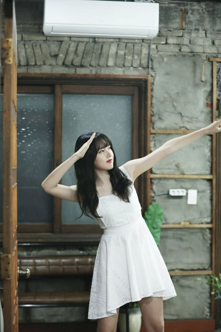 Gfriend MV #Love_Whisper filming Cr: twitter