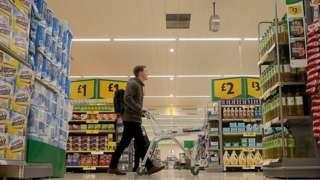 Brexit: Food chiefs warn on EU tariffs