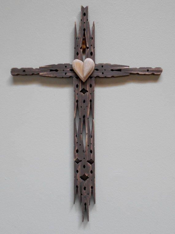 Custom Handmade Clothespin Crosses Priced por CawarraCraftsPlus