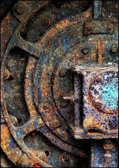 Rust, Blue, Orange, Brown Wheel