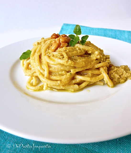 Spaghetti au pesto d'artichauts - Spaghetti al pesto di carciofi