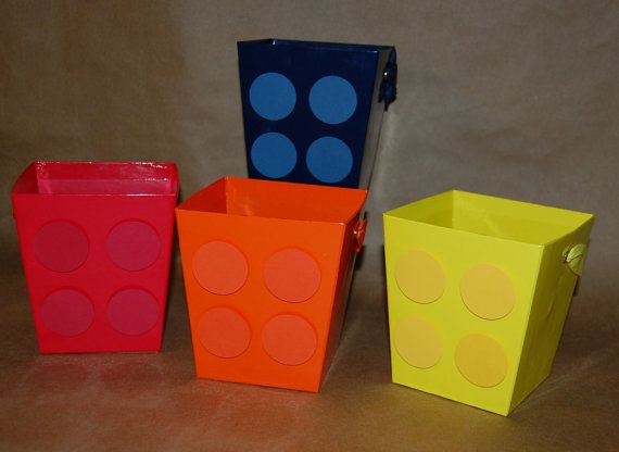 Building Block Favor Bucket or Centerpiece * Would be so wasy to make*