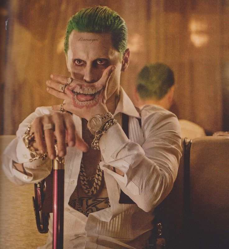 SUICIDE SQUAD I admit it. I hated this look when it first leaked.  It's still not my favorite bit I've grown to love this joker. It just works
