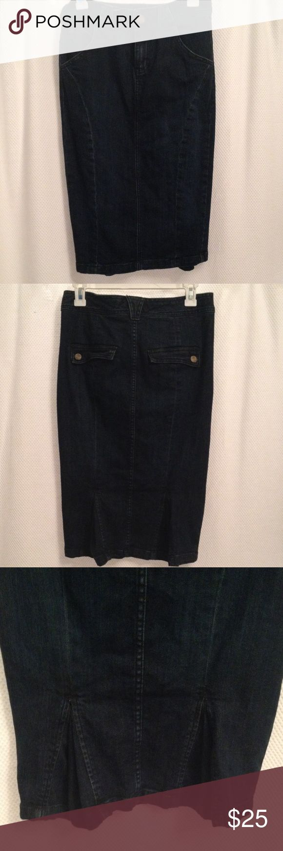 """Calvin Klein Jean Pencil Skirt Calvin Klein Dark blue Denim Pencil skirt to hug those curves!  Cute kick pleat at the bottom of the back of the skirt. Size 2 Measures 15"""" at waist, 16-1/2"""" at hips and 25"""" long. Has a bit of stretch. Calvin Klein Jeans Skirts Pencil"""