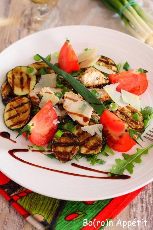 Blog Bo(ro)n Appétit: Sałatka z kurczakiem i cukinią