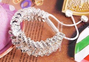 Extravagáns Shamballa karkötő - ezüst színű